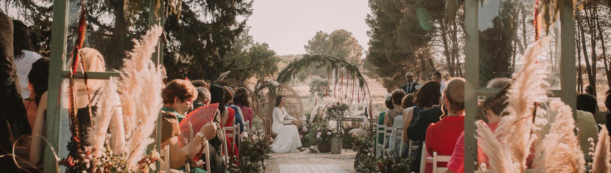 Boda-vintage-en-Albacete-de-Laura-y-Jaime-Rock-and-Wedding-Spain-21-2