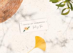Tarjetita con agujero Colección Flowers Love&Fest