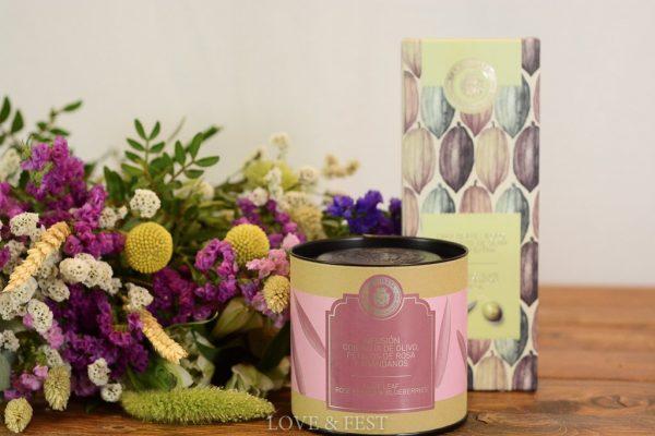 Pack regalo ramo flores, té y chocolate LOVE&FEST