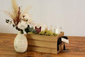 Caja madera con jarroncito y vela LOVE&FEST