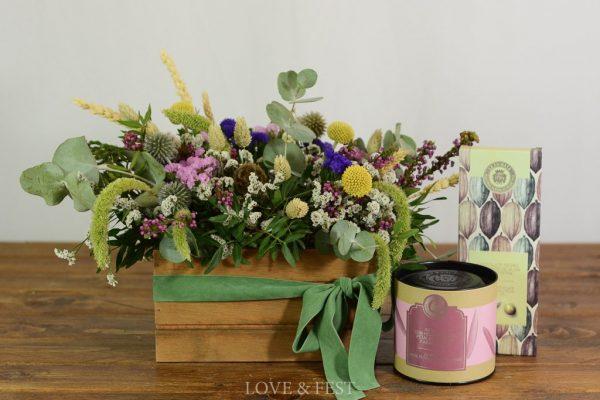 Pack regalo cajita madera flores, té y chocolate LOVE&FEST