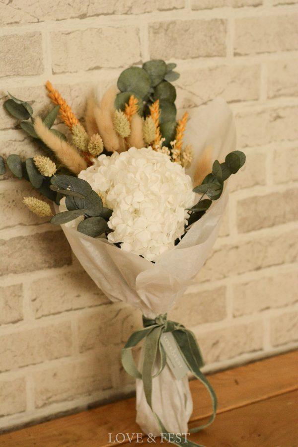 ramo hortensia blanca LOVE&FEST