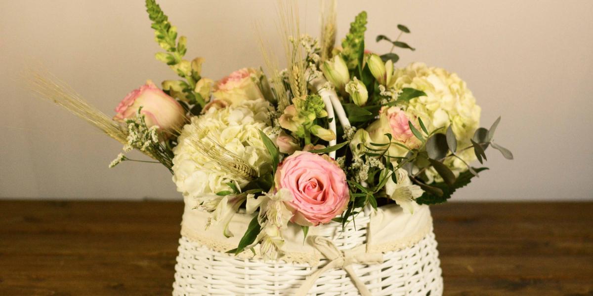 Cesta de flores White LOVE&FEST
