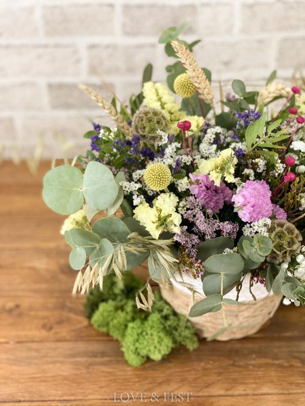 Centro de flores campestre